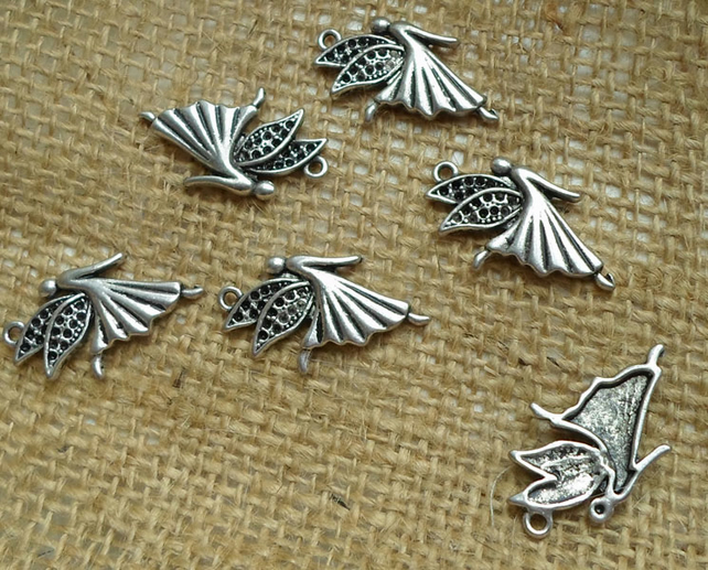 5 x lovely dancing fairy Charms