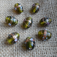 10 x Lovely Green Oval Beads