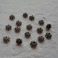 40 x 5mm Antique Silver Bead Caps