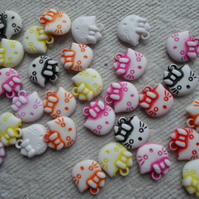 30 Acrylic Kitty Head Bead Charms