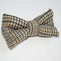 TWEED BOW! TIES