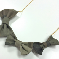 Thrice as Nice Camo BOW! Necklace