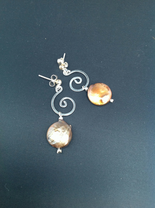 Silver swirl and pearl stud earrings