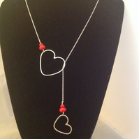 Red hearts lariat necklace
