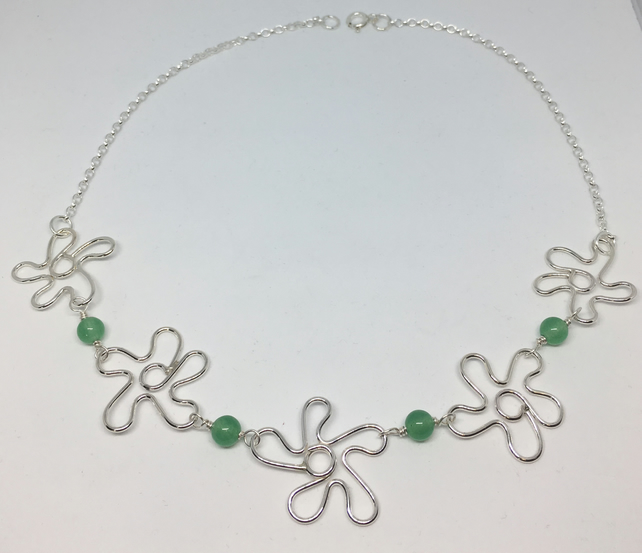 Jade flowers necklace
