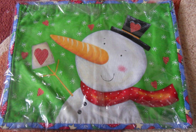 100% cotton Christmas table mats. set of 4. Reindeer and snowmen