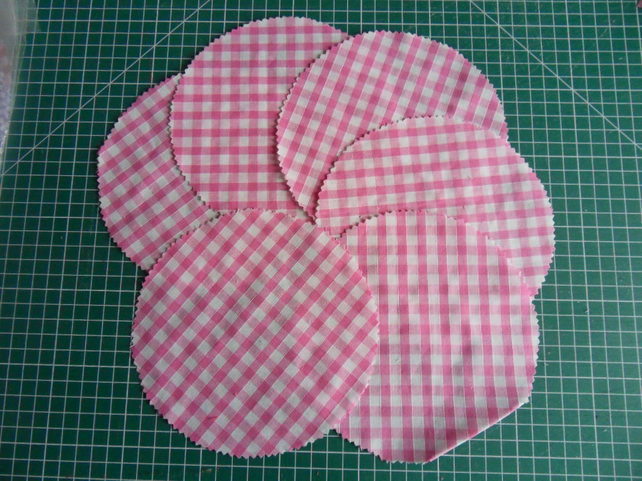 6 Jam pot dollies, Pink large check