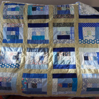 Homemade Blue Log cabin Patchwork quilt (2)