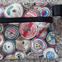Sewing spools coin purse (101)
