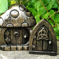 Toadstool Fairy Door- Fairy Indoor Outdoor Ornament  Small Celtic door FREE