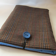 Wool Tweed Samsung Galaxy Tablet padded sleeve, blue lined, blue button