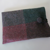 Red & Green Wool Tweed eReader Sleeve, Green Lined, Padded, Tweed Button
