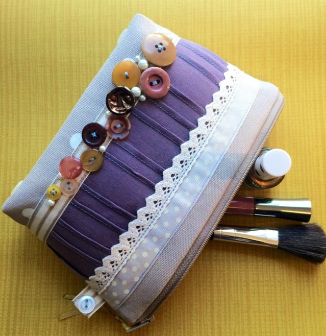 Vintage Button Make Up Bag