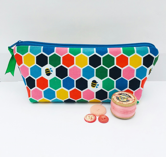 Bee Make Up Bag
