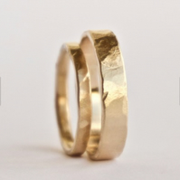 Two Gold Hammered Rings - 18 Carat Unisex Wedding Bands - UK Hallmark