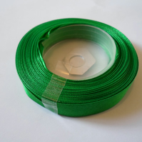 1 roll of 12mm Emerald green satin ribbon minimum 13 metres, wedding favours,
