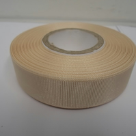 1 roll of 22mm Cream Grosgrain ribbon, 20 metres, double sided