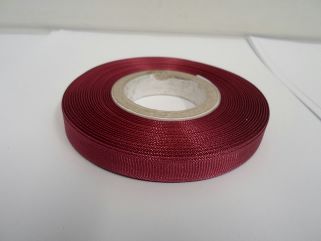 1 roll x 10mm Burgundy Grosgrain Ribbon, 20 metres, ribbed