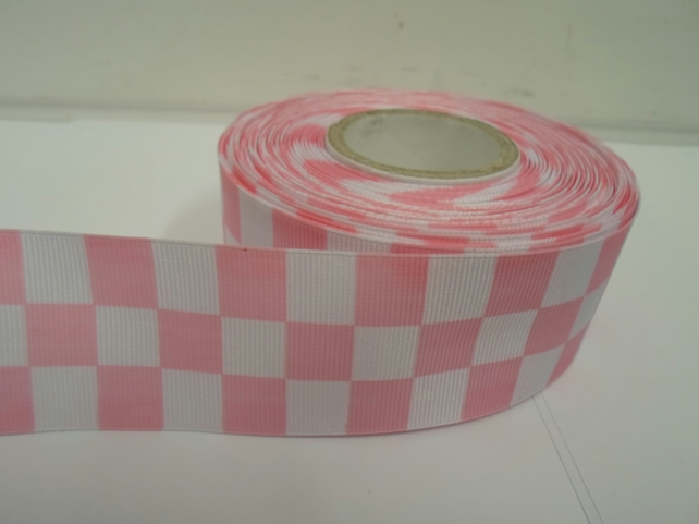 1 roll of 38mm Woven Ribbon x 20 metres, light pink & White, Square block