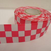2 metres x 38mm Woven Ribbon, Bright  Pink & White, Square block