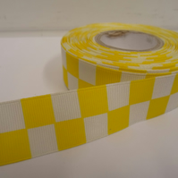 1 roll of 25mm Woven Ribbon x 20 metres, bright yellow & White, Square block