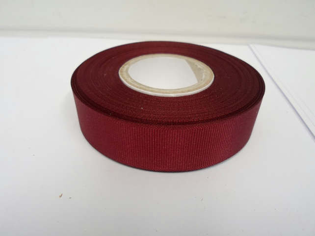 2 metres of 22mm Burgundy Grosgrain Ribbon, ribbed double sided