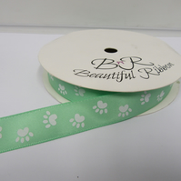 2 metres x 15mm Light Green with White Paw Prints Satin Ribbon Double Sided