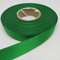 1 roll of 15mm Bright Emerald Green Satin Ribbon 25 metres Double Sided