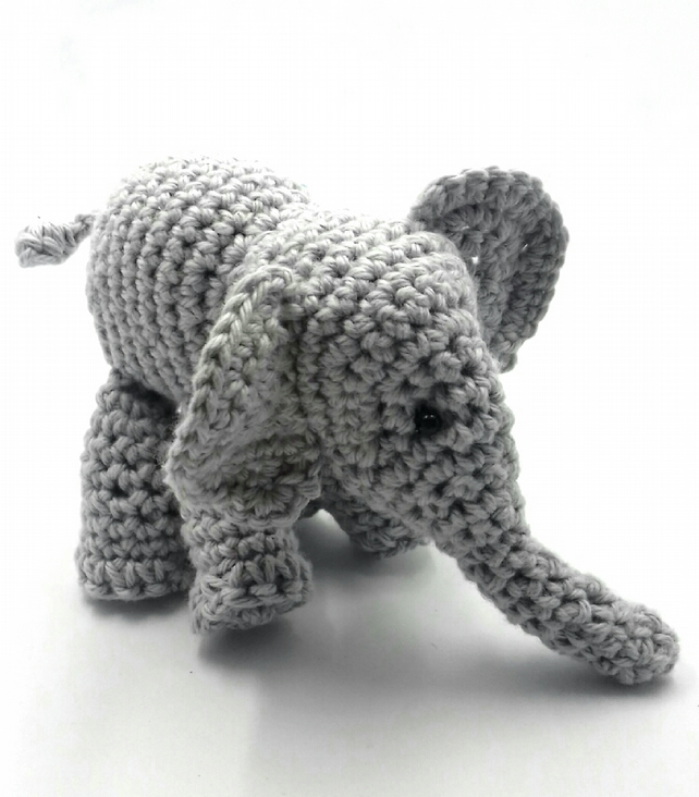 Elliot the grey elephant crochet pattern | Crochet elephant ... | 733x642