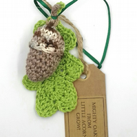 Acorn and Oak Leaf Crochet Hanger
