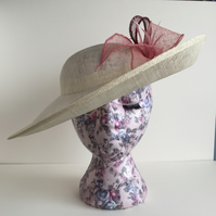 Ivory Hatinator with Hand Rolled Mixed Pink Leaves