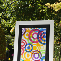 CONCENTRIC CIRCLES SCREEN PRINT