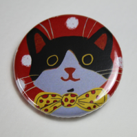 LITTLE BLACK AND WHITE CAT ON RED BADGE-POSTAGE FREE