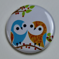 LITTLE OWLS BUTTON BADGE-POSTAGE FREE