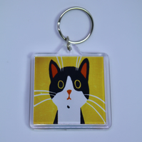 BLACK AND WHITE CAT KEYRING-FREE POSTAGE