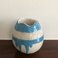 DRIZZLE POT WITH DUCK EGG BLUE DRIPS