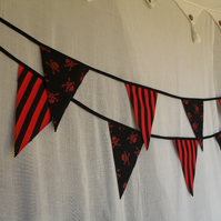 Black & Red Pirate Skull & Crossbone Party Bedroom Bunting