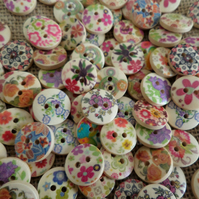 15-Assorted-Decorative-15mm-Wooden-Buttons