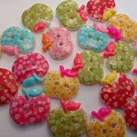 20 Cute Apple Shaped Buttons. 2 hole Buttons
