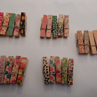 25 Wooden Craft Pegs.. Small Pegs..35 x 7 x 10 mm