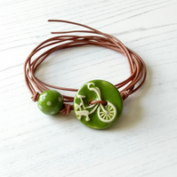 Vegan Bicycle Button Wrap Bracelet in Leaf Green
