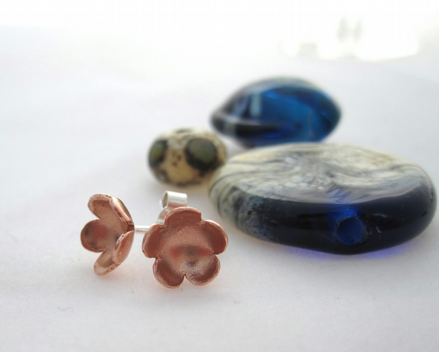 Copper flower Earings - silver, handmade, metalsmith,  Copper daisy petals