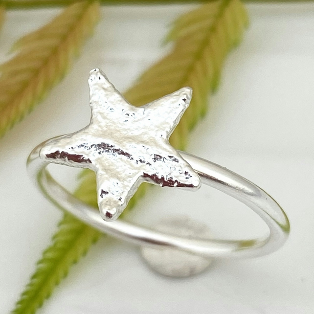 Star ring Silver Solid silver Handmade Star ring. Size L or M