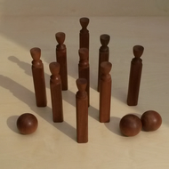 """""""Camden Quilles"""" : Skittles with three bowls, sapele wood"""