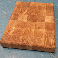 Oak end-grain heavy duty chopping board app. 25 x 20 x 3 cm