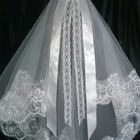 2 Tier White Embroidered Lace Veil