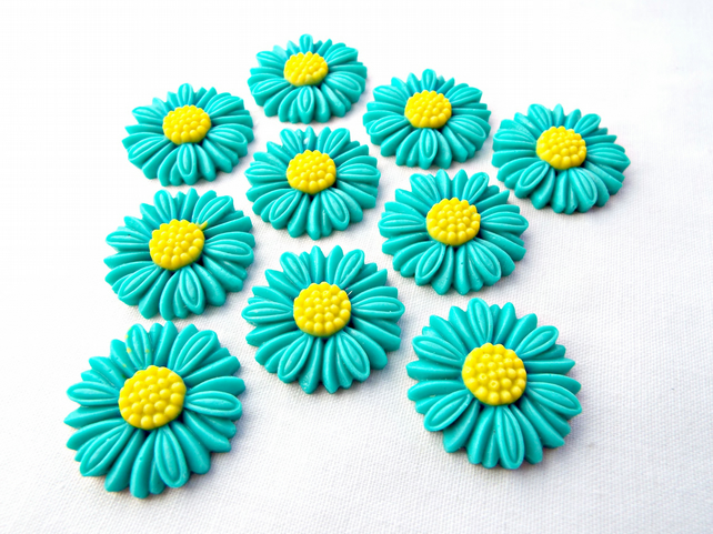 10 Turquoise Resin Daisy Cabochons - 28mm