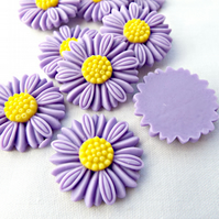 10 Purple Resin Daisy Cabochons - 28mm