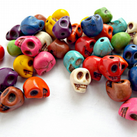 Pack of 40 Skull Beads - Howlite Beads in Mixed Colours