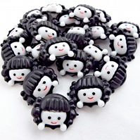 Pack of 25 Girl Face Buttons - 2 Part Black Acrylic Shank Buttons